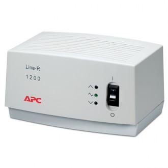 Стабилизатор напряжения APC Line-R 1200VA Auto
